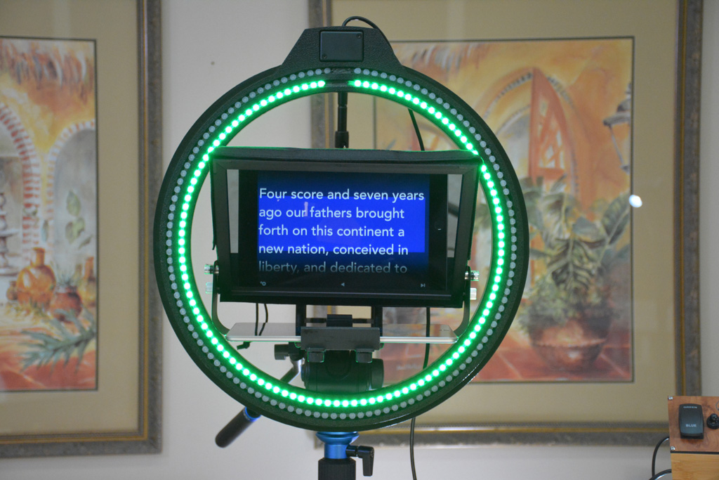 Complete Kit INCLUDES iPad Teleprompter (iPad not included)